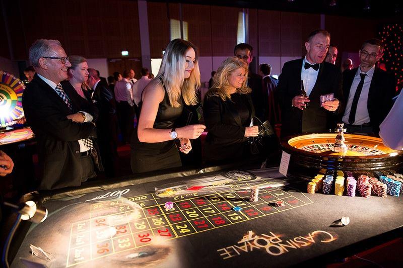 Oxford Disco and Karaoke in Oxfordshire Casino Fun Nights Bond Roulette