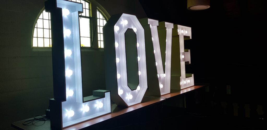 Oxford Disco and Karaoke in Oxfordshire - Giant Love Letters White